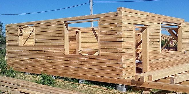 Як розрахувати кількість бруса для будівництва будинку?